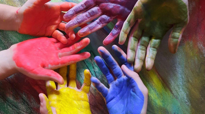 Laboratori di disegno e pittura per bambini e ragazzi